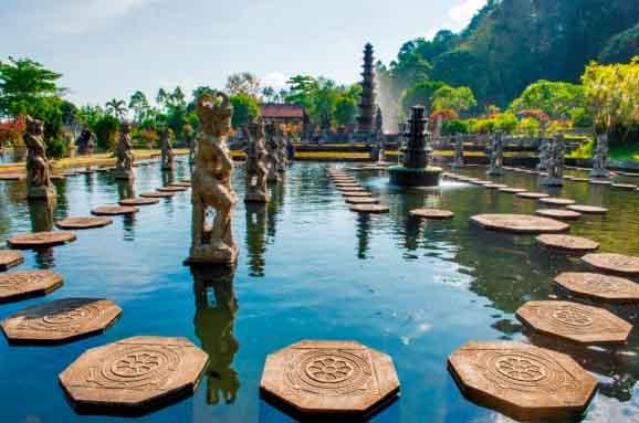 Tour Bali Timur