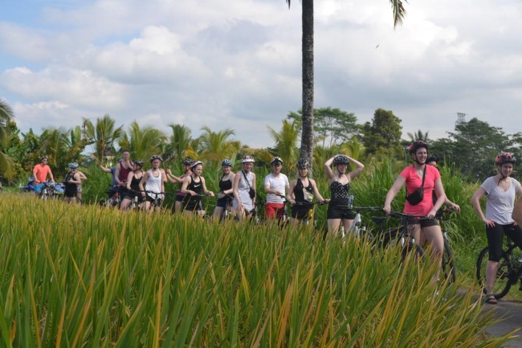 Paket wisata bersepeda di Ubud Bali